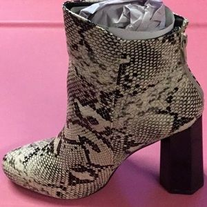 Shoes - Brand New In Box Snake Print Boots